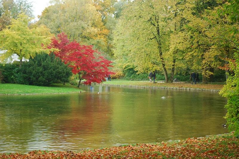 Conseils et bons plans d 39 un fran ais pour votre s jour for Jardin anglais munich naturisme
